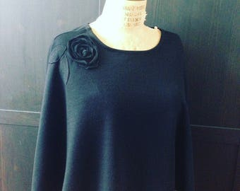 Black Rose Lagenlook Short Wool Poncho