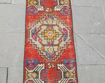 "Free Shipping ! Mat Rug Doormat Rug Entryway Rug Small Oushak Rug Area Rug Vintage Turkish Rug Distressed Low Pile Rug 1'4"" x 3'3"" Feet !"