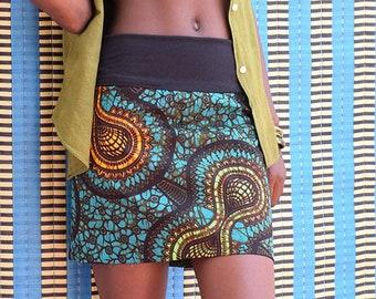African print skirt, reversible skirt with African wax, mini skirt, short skirt, ethnic skirt, ankara clothes, blue ethnic graphic pattern