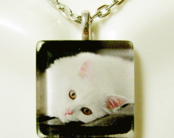 White cat pendant and chain - CGP01-084