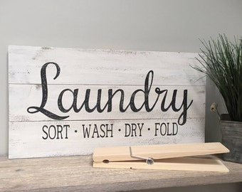 LAUNDRY Sort Wash Dry Fold sign, wood pallet,  hand painted, rustic, farmhouse sign, laundry room decor