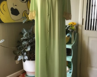 Stunning Mid Century Robe/Nightgown/Dressing Gown-