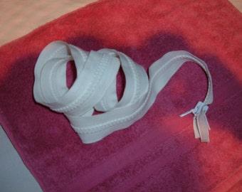 """47"""" White Molded Plastic Reversible Zipper"""