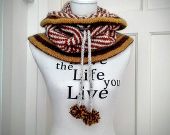 Ready-to-ship: Luxurious knitted cowl with print, made of 100% Icelandic wool