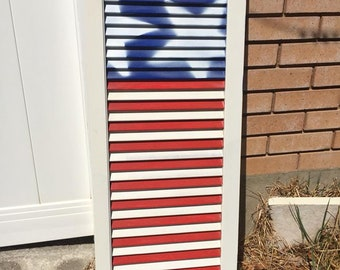 USA flag shutter / wooden USA decor / hand painted farmhouse style Americana decor / Patriotic decor / Upcycled shutter