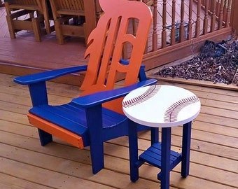 Detroit Tiger Chair with Baseball Side Table ~ For Pick Up Only