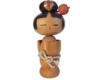 Delightful Woodgrain Kokeshi with Hairpin and Rope Obi. Vintage Japanese Kokeshi Doll. Japanese doll. Kokeshi Dolls. Wood Doll. Handmade.