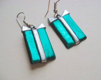 Green Christmas Present earrings pierced