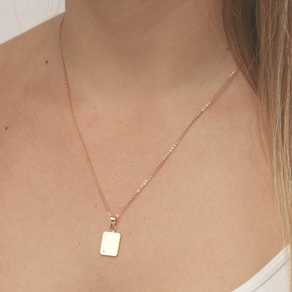 bar pendant vertical olizz gold personalized necklace engraved