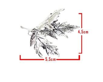 Leaf pendant silver tone C model embellishment size about 5.5 cm