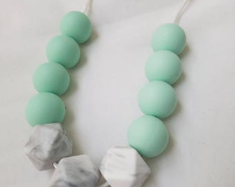 CUSTOMIZABLE teething necklace for Mama | Make your own | 60+ colors