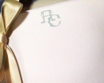 Monogrammed White Linen Stationery, Set of 4x6 or 5x7 Flat Note Cards with Envelope For the Well-Appointed Desk   Social Stationery