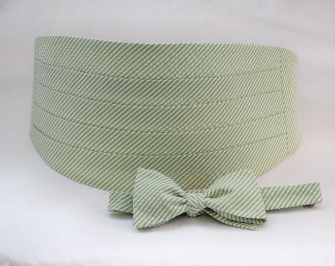 Men's Cummerbund & Bow Tie set, lime seersucker, wedding bow tie set, groom bow tie set, groomsmens' gift,  southern wedding bow tie set,