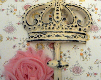 Crown Cast Iron Creamy Off White Wall Hook French Royalty Paris Regal Shabby Elegance Ornate Bathroom Entryway Princess Bedroom Kitchen Hook