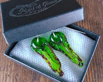 fairy wedding, alternative earrings//mismatched earrings//green drop earrings//asymmetric earrings//boho birthday gift