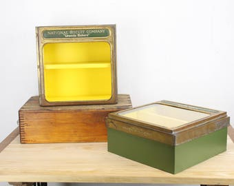 Vintage Advertising - National Biscuit Company - NABISCO - UNEEDA Bakers Box - Pre 1923 - Green / Yellow - Storage - Vintage Home Decor
