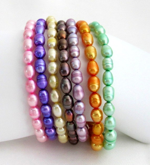 Multi-colored Freshwater Pearl Stretchable  Bracelets Rice Shape  Pearl Bracelet Multi Color Stretchable Bracelet Free Shipping In USA