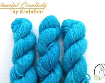 Pre-order: Blue Lagoon - Colourful Smooth Sock Kitten