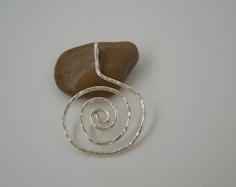 Pendentif spirale en argent rempli ou en cuivre véritable