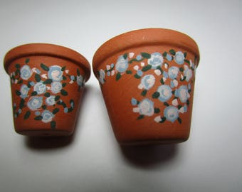 Flower pots, handpainted for 1/12th scale Dollhouse