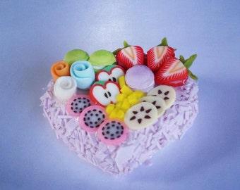 Miniature Cake Heart 1:12 - Series 2 - 003