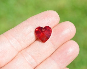 5 Red Glass Heart Charms  SC3934