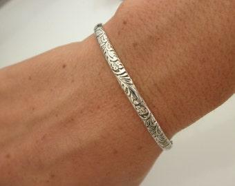 Sterling silver Cuff bracelet flower pattern