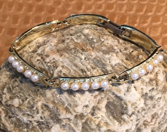Vintage Pearl clasp bracelet