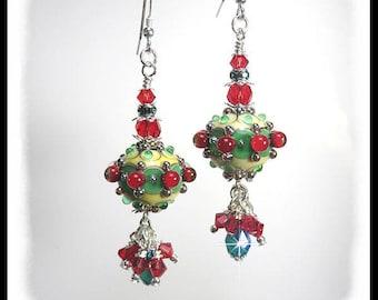 2359, Christmas earrings, red and green christmas earrings, unique christmas earrings, artisan lampwork beads, lampwork earrings