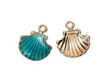 1 18mm x 15mm Peacock green scallop shell charm