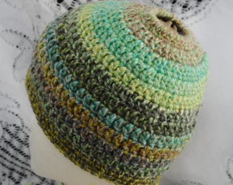 Kids Messy Bun Hat. Pony tail hat.  Child 3-5. Ready to Ship. Crochet.  Handmade in the USA.  002