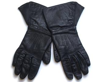 Black Leather Vintage 1930's Gauntlets   Leather Driving Gloves   Small Vintage Gloves
