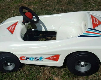 Vintage Crest Pedal Sports car! Kingsbury Toys. Local pickup preferred.