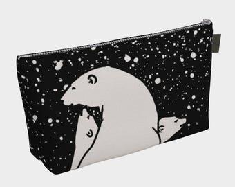 Custom printed Makeup Bag: The polar bear family.