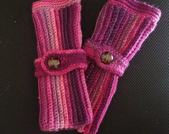 Aviatrix Fingerless Gloves Crochet Pattern