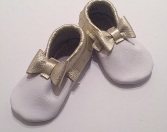Metallic Bow Tie Affair Leather Baby Moccasins, Bow Tie, Baby Moccasins, Toddler Moccasins, Leather Baby Moccasins