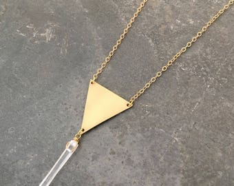 Delicate Crystal Quartz Necklace, Crystal Point Necklace, Layer Necklace, Triangle Necklace, Modern Crystal Necklace, Healing Crystal