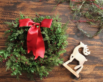 Artificial Christmas Wreaths, Front Door Decorations, Christmas Home Decor, Christmas  Wreath Ideas,