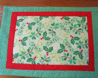 Quilted Table topper, Placemat, Christmas Holiday