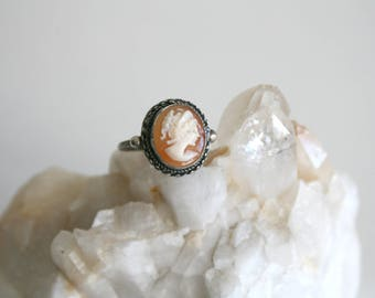 Vintage Sterling Cameo Ring 6.25