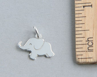 Sterling Silver Elephant, Silver Elephant Charm, Tiny sterling silver elephant charm, Baby Elephant Charm, Animal Charm, 15 x 12mm (1 piece)