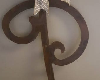 Metal initial, door hanger, rusted metal letter,single metal letter,door hanger,Monogrammed metal letter, Personalized Christmas gift
