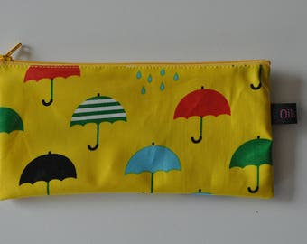 pouch or pencil case (makeup, school, toothbrush, toiletries...)