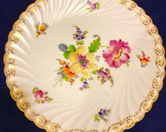 Vintage Nymphenburg Porcelain Beautifully Hand Painted Floral 9.5in Dinner/Luncheon Plate Ca. 1900