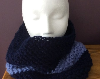 Crocheted colourblock cowl