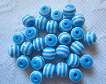 25  Turquoise Sky Blue & White Striped Round Acrylic Resin Beads  8mm