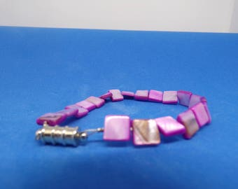Purple square beaded bracelet