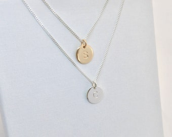 Sterling Silver Initial Disc Necklace, Personalized Round Disc Necklace, Initial Charm Necklace, Hand Stamped Jewellery, Bridesmaid Necklace