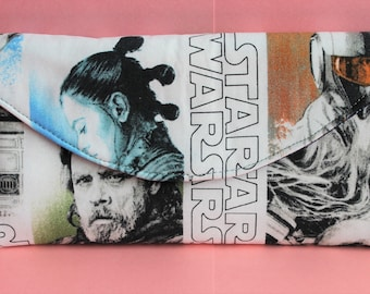 Star Wars quilted accordion style clutch wallet with 10 card slots and zipper pockets Luke, Ray, Porg, Chewbacca