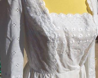 Gorgeous white eyelet lawn dress
